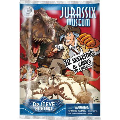 Uncle Milton Dr. Steve Hunters Jurassic Museum Blind Pack
