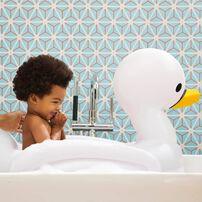 Munchkin Inflatable Swan Tub